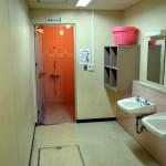 女子シャワー室-写真2
