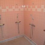 女子シャワー室-写真4