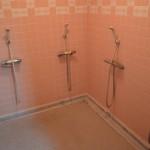 女子シャワー室-写真3